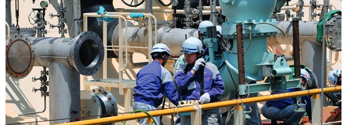 Oil & Gas Indonesia: Contractors Urge Gov't to Tackle Bureaucracy