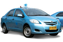 Indonesian Taxi Operator Blue Bird Downsizes Initial Public Offering