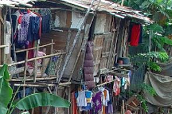 Poverty in Indonesia: National Poverty Rate Fell to 11.25% in March 2014
